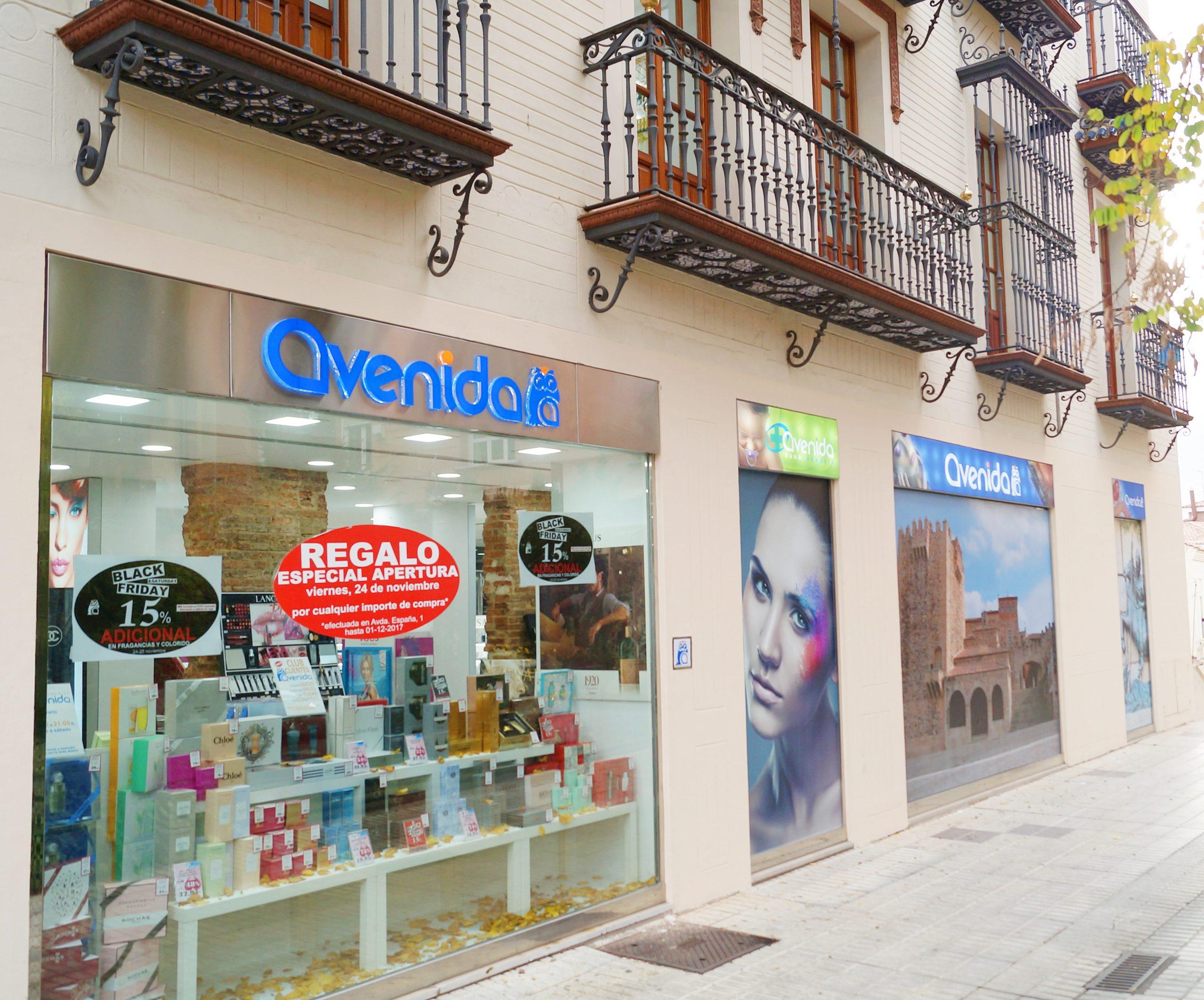tienda-caceres-perfumerias-avenida